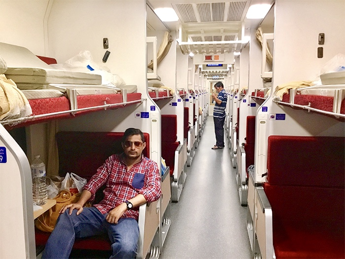 thailand-to-laos-overnight-train